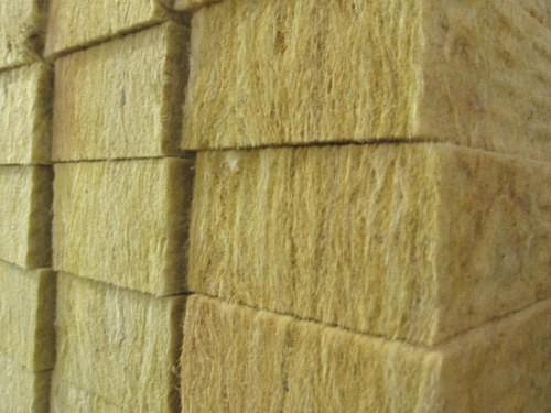 Каменная вата (базальтовое волокно)