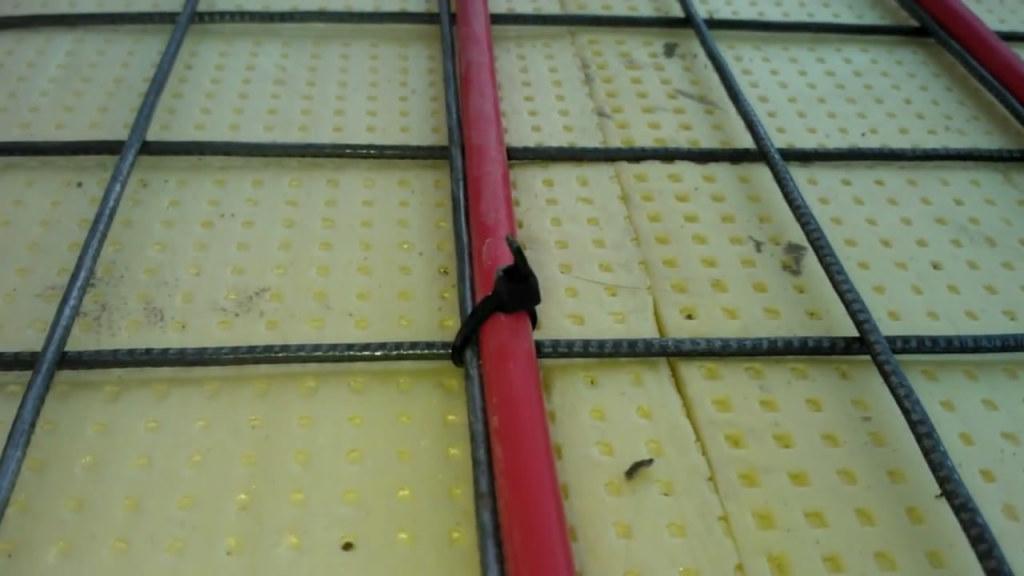 Экструзивный полипропилен в качестве утеплителя со штукатурной сеткой и греющим кабелем